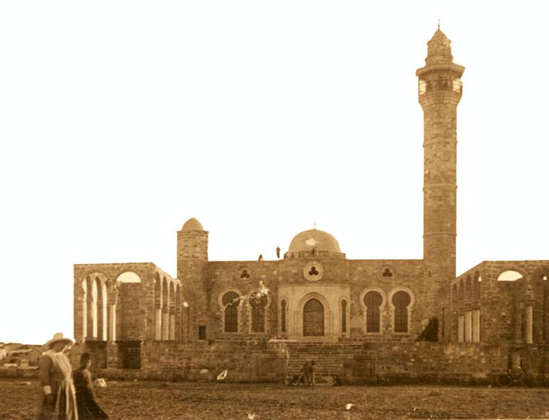 מסגד חסן בק בשנת 1917 - אוסף הצילומים של צלמי המושבה האמריקנית - עיבוד: תמר הירדני