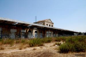 מתחם הרציפים של תחנת הרכבת בירושלים בשנת 2010 - צילום: אפי אליאן
