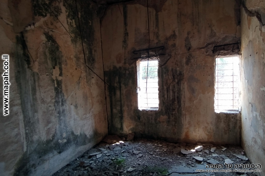 חדר החקירות משמאל לעמדת היומנאי - משטרת באטאני - צילום: אפי אליאן