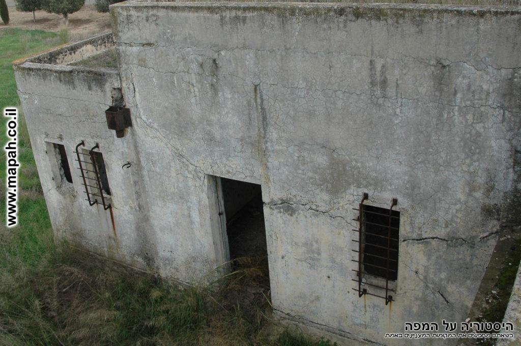 דופן פנימית למערב משטרת באטאני - צילום ארכיון: היסטוריה על המפה