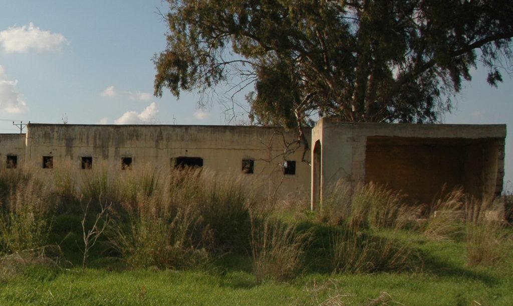 מבנה הבאר במשטרת באטאני - צילום: אפי אליאן