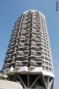 מגדל המגורים מעל קניון דיזנגוף - צילום: אפי אליאן