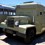 אוטובוס ממוגן ירי ששוחזר לפי תוכניות ממלחמת העצמאות - צילום: אפי אליאן