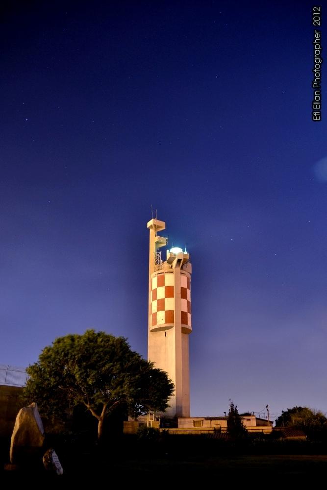 המגדלור של גבעת יונה - אשדוד - צילום: אפי אליאן