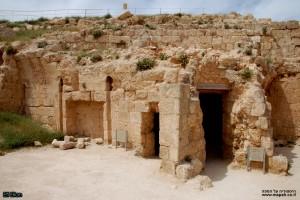 חדרי החמם שנחשפו במזרח המבצר