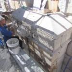 הרכבת אבני תא-הלוחם מחדש בשער האריות - צילום: אבי משיח - רשות העתיקות