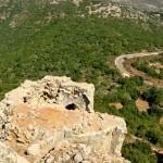 קצה המגדל הצפוני והנוף הנשקף מתחת