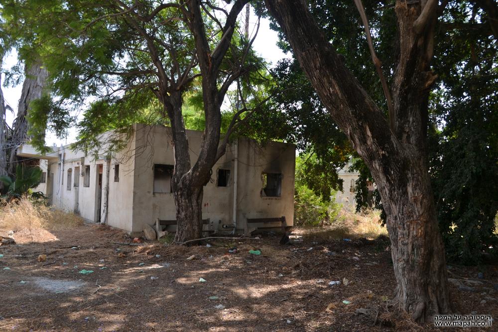המבנה השוכן במרכז החצר של תחנת המשטרה