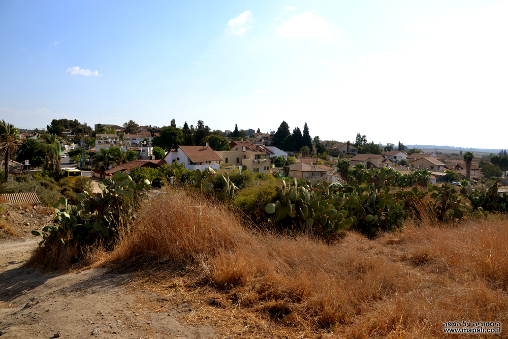 בתי שכונת המגורים קטרה של העיר גדרה