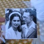 צילום רפרודוקציה של מירה ואליקים בן ארי בעת חתונתם בקיבוץ ניצנים