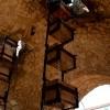 תאי המים העולים מתוך באר האנטיליה במזכרת בתיה