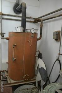 דוד המים החמים במכבסת מכון איילון