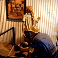 עמדת ניקוי הנעליים והבגדים משבבי המתכת במכון איילון