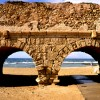 Caesarea aqueduct האקוודוקט בחוף קיסריה - צילום: אפי אליאן