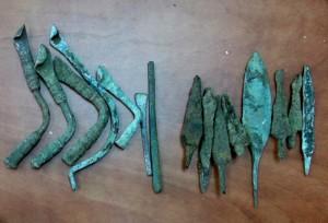 חפצי מתכת - צילום: באדיבות היחידה למניעת שוד ברשות העתיקות