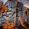 קיר של עמודים מרשימים במערת הנטיפים - צילום: אפי אליאן