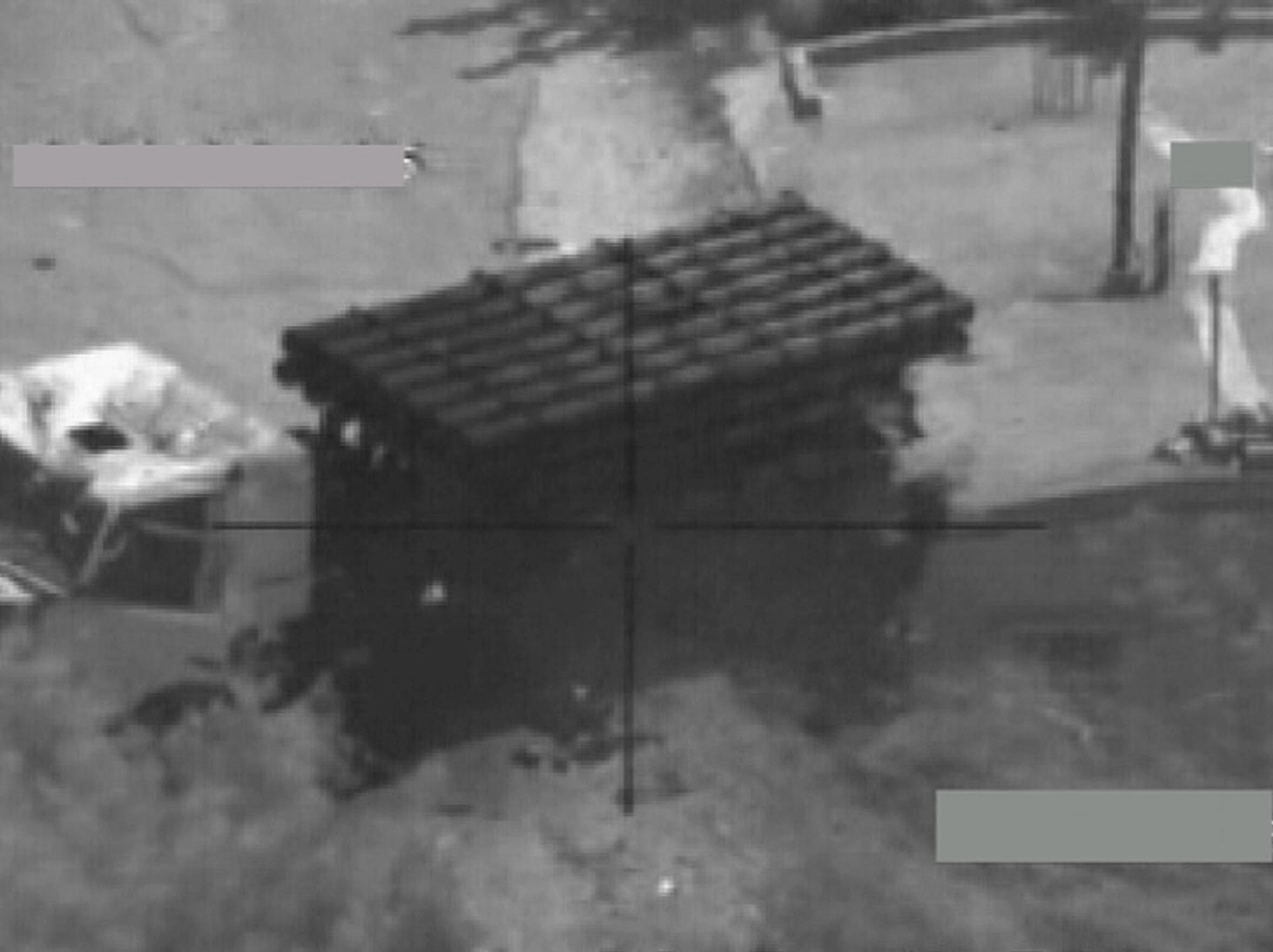 """שניה לפני תקיפת צה""""ל על משגרי קטיושה במלחמת לבנון השניה - צילום: דו""""צ"""