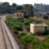 מסילת הרכבת לצד התחנה ההיסטורית שורק - צילום: אפי אליאן 2012