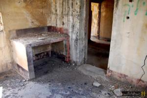 תנור או כספת ? בקומה השניה של תחנת הרכבת שורק - צילום: אפי אליאן