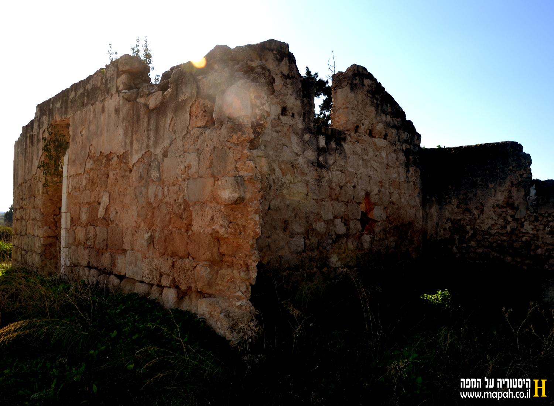 מבנה ערבי דרומית לגבעות מר'ר - צילום: אפי אליאן