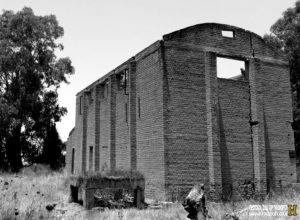 מבנה מחלקו הדרום מזרחי - מפעל הייצור הבריטי - צילום: אפי אליאן
