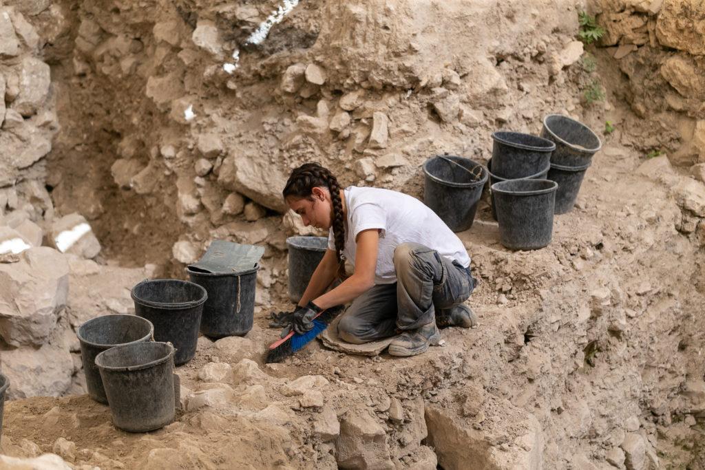 החפירות הארכיאולוגיות בחניון גבעתי בעיר דוד. צילום: אליהו ינאי