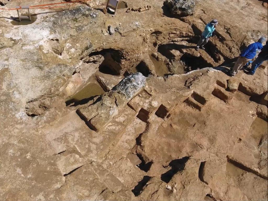 צילום סטילס אוירי: אתר החפירה הארכיאולוגית בשראפת. צילום: שי הלוי