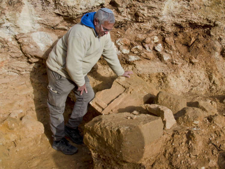פריטי האבן הנדירים שהתגלו בחפירה