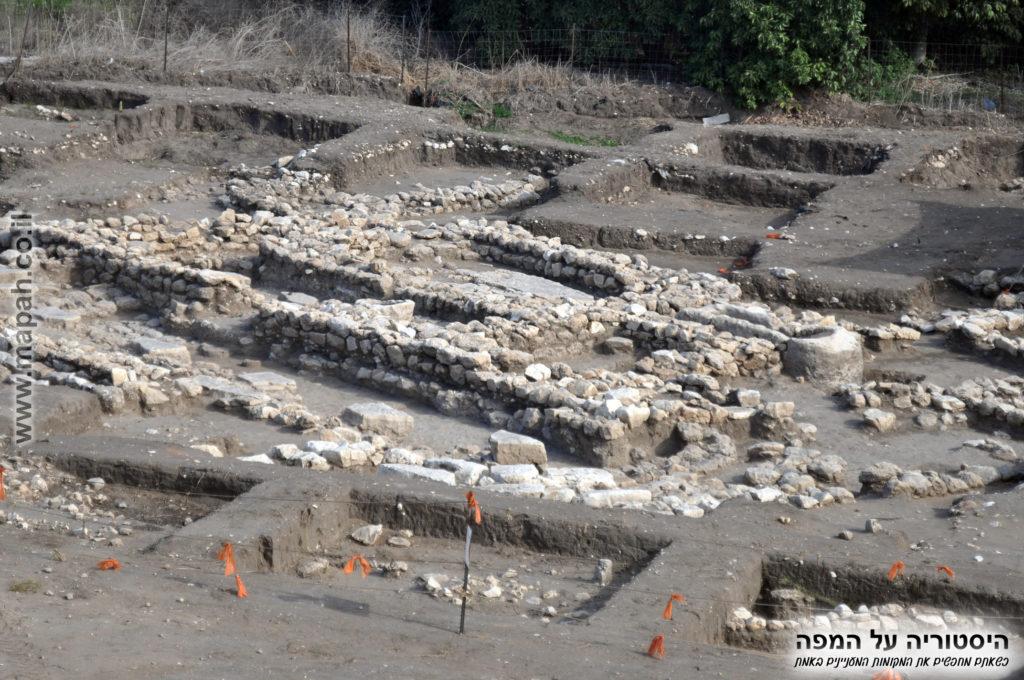 המקדש - מבנה ציבור שנחשף בעין אסור
