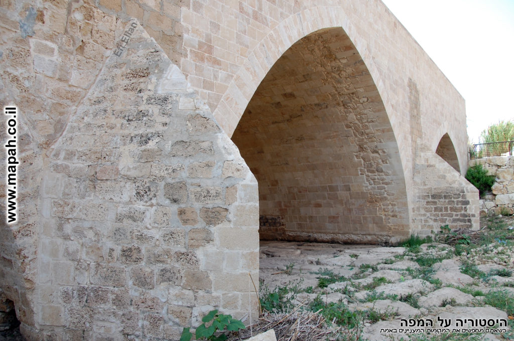 יסודות גשר עד הלום - ג'סר אשדוד - צילום: אפי אליאן