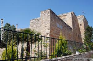 מבנה מנזר וכנסיית עמק המצלבה - צילום: אפי אליאן