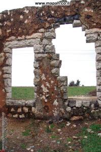חלונות ארמון האמיר לכיוון צפון - צילום: אפי אליאן