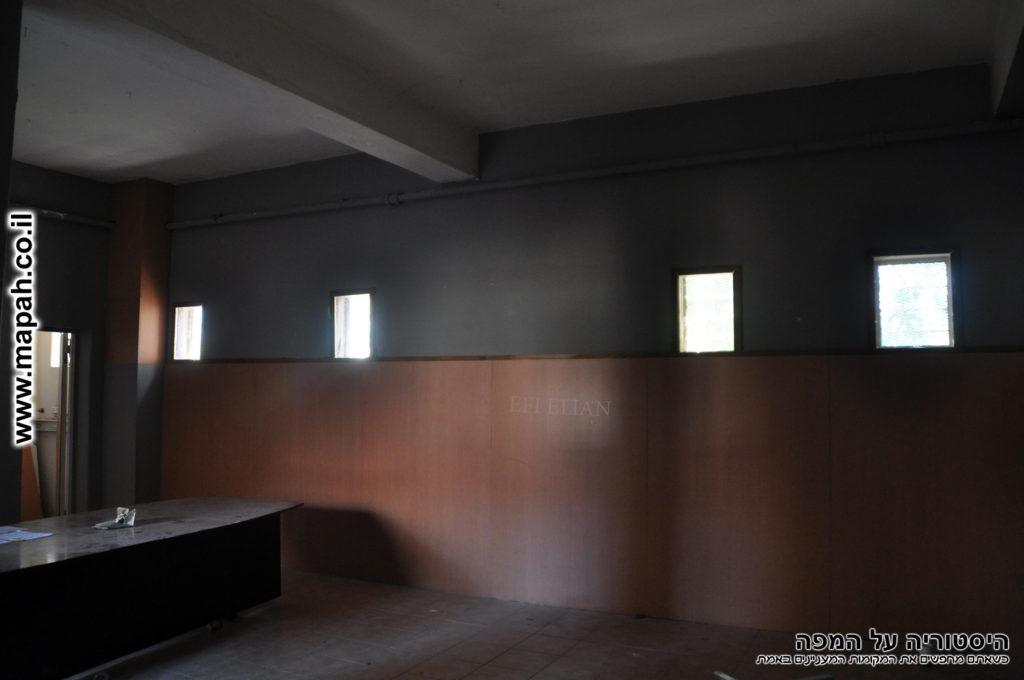 אחד מהחדרים ששימשו לצילומי הסדרה שב