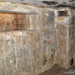 פנים המרתף לאחר תאורה מאולתרת - צילום: אפי אליאן