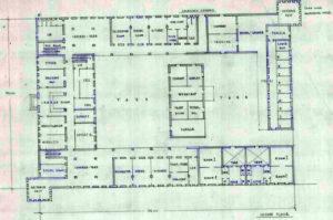 קומת הקרקע של המבנה בתרשים המקורי של שרטוטי מבנה המשטרה מטולה כפי שבוצעו על ידי טיגארט - מקור: ארכיון גנזך המדינה