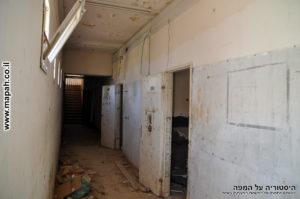 מסדרון הקומה הראשונה בדופן המערבית של משטרת מטולה