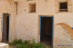דלת הכניסה של הדופן הצפונית - מבנה אורוות הסוסים משטרת מטולה
