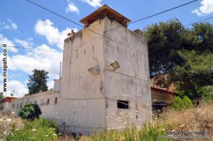 המגדל הנמוך מבין השניים במשטרת מטולה - צילום: אפי אליאן