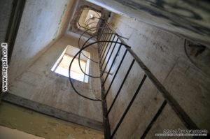 קיר הטיפוס לצריח וגג מבנה משטרת פראדיה - צילום: אפי אליאן