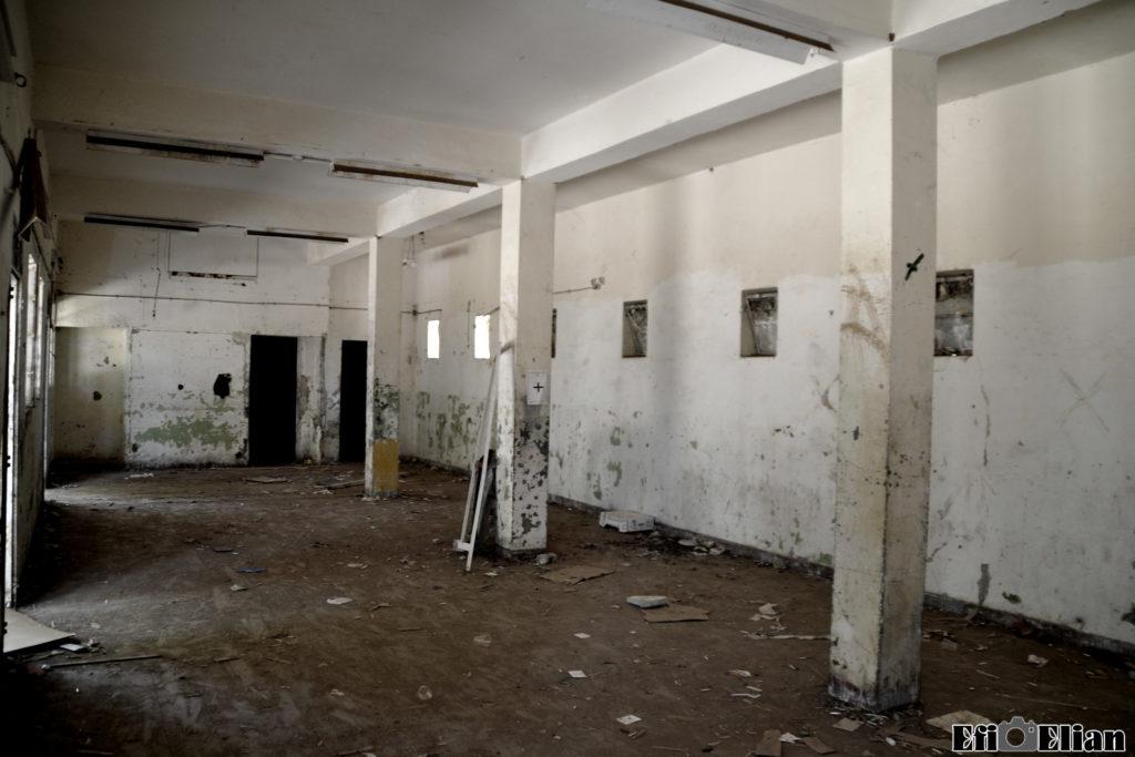 חדר האוכל בבניין הדרומי - משטרת בית גוברין - צילום: אפי אליאן