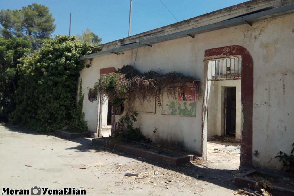 כניסה לחצרות יחידות הדיור בבניין הדרומי - בית גוברין - צילום:מורן יונה אליאן