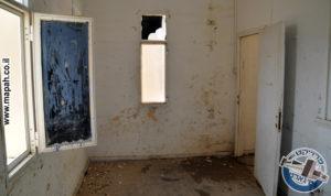 חדר פינתי דופן דרומית ממזרח למערב - צילום: אפי אליאן