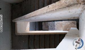 גרם המדרגות במבט עליון מהקומות העלינוות - משטרת באסה - צילום: מורן יונה אליאן
