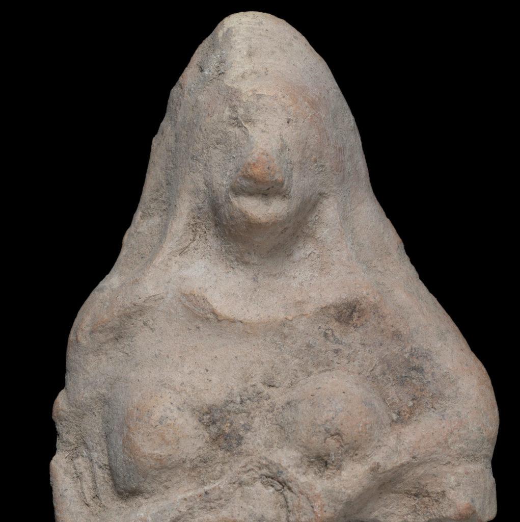 צלמית מתקופת המקרא מצפון הנגב. צילום יבגני אוסטרובסקי רשות העתיקות