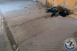 החריצים ברצפת האורווה, תעלת הניקוז ושקעי המחיצות - צילום: אפי אליאן