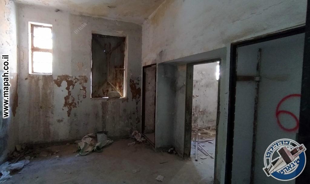 חדר זה שימש כחדר החקירות של משטרת קרית אל עינב - צילום: אפי אליאן