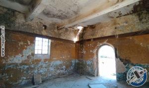 הקומה השניה של בניין הסראייה והעליה לגג מאגר המים - צילום: אפי אליאן